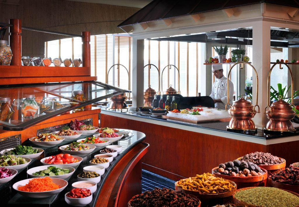 """Хотелският ресторант, тип """"пазар"""": няколко ценни съвета, как да бъде успешeн"""