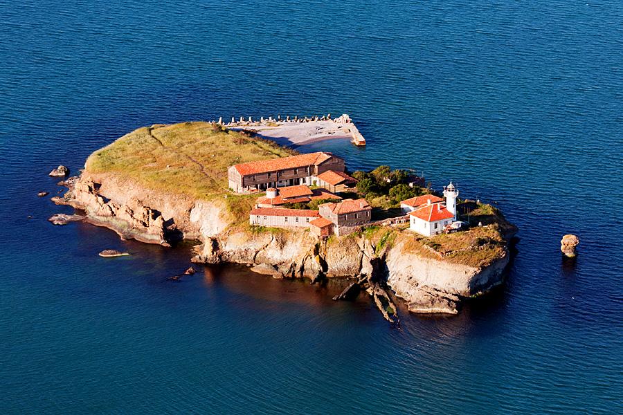 Остров Света Анастасия – Островът на Възкресението